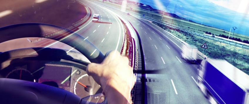 Quer saber quais as maiores causas de acidentes no transporte de cargas e quais cuidados que trazem maior segurança para o trânsito?